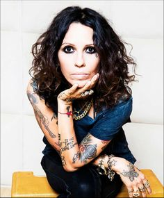 Linda Perry Producing powerhouse and former 4 Non Blondes front woman Perry made us wish we'd been on the guest list for her wedding to wife Sara Gilbert when we found out they had a do-it-yourself quinoa bowl bar. That needs to become a thing! Linda Perry, Female Rock Stars, Sara Gilbert, Non Blondes, Believe, Women In Music, Music Heals, Greatest Songs, My Favorite Music