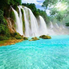 Ban Gioc – Detian Falls are two waterfalls on the Quây Sơn River, in Chinese Guichun River, straddling the Sino-Vietnamese border, located in the Karst hills of Daxin County