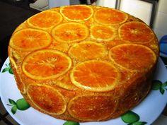 Una torta de naranja con café para el deleite de los golosos de la familia http://www.postresypasteles.com/postres-caseros/una-torta-de-naranja-con-cafe-para-el-deleite-de-los-golosos-de-la-familia/