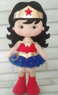 Tin Can Crafts, Felt Crafts, Crafts To Make, Arts And Crafts, Wonder Woman Birthday, Hero Girl, Superhero Party, Felt Diy, Soft Dolls