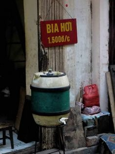 bia hoi- cheap, homemade beer in vietnam