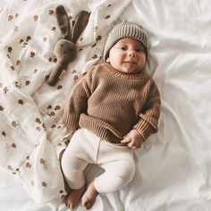 Baby Outfits, Toddler Outfits, Cute Little Baby, Little Babies, Cute Babies, Neutral Baby Clothes, Cute Baby Clothes, Baby Boys, Mode Boho