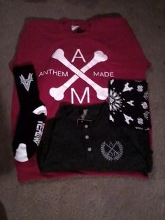 My Anthem Made clothing came in!  What a amazing way to start off the new year!   Thank you, Raquel for buying it for me!  Thank you, Sierra for being such a great help at Anthem Made!  #2013 #AnthemMade