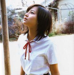 制服 (Search results for: 堀北真希) Aesthetic Japan, Cute Japanese Girl, School Uniform Girls, Cute Asian Girls, Japanese Beauty, Western Outfits, Modern Fashion, Asian Woman, Lounge Wear