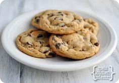 melskitchencafe.com: Chocolate Chip PB and Oatmeal Cookies