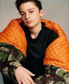 That's a BIIIIIIIIIIIIIG jacket<<< it's not as big as my crush on noah