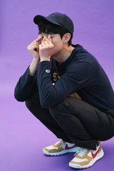 Boy Poses, Male Poses, Asian Actors, Korean Actors, Sitting Poses, Man Sitting, Ryu Joon Yeol, Weak Knees, Seo Kang Jun