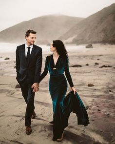 Our Favorite Colorful Dresses from Real Weddings 56 Colorful Weddings Dresses Teal Dress For Wedding, Green Wedding Dresses, Green Wedding Shoes, Wedding Colors, Blue Wedding, India Wedding, Wedding Shit, Wedding Ideas, Wedding Veils