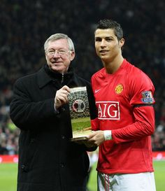 Cristiano Ronaldo has revealed he has asked to play against his old club Manchester United on Saturday night and backed new manager Louis van Gaal to return the club to the top of the Barclays Premier League. Cristinao Ronaldo, Cristiano Ronaldo And Messi, Cristiano Ronaldo Manchester, Messi Vs, Ronaldo Football, Football Pics, Football Stuff, Retro Football, Football Soccer
