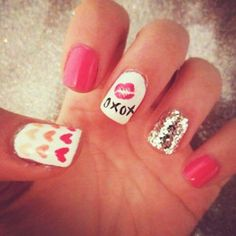 Nail Designs and Pictures - Creative Celebrity Nail Polish Designs - Seventeen#slide-1