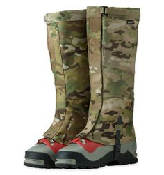 MULTICAM EXPEDITION CROCODILES - These durable gaiters are made to function in cold weather and difficult conditions. They are larger in circumference, offering more room for plastic boots and insulated pants. The inside leg of each gaiter is made of a durable fabric that resists crampon snagging. The insides of the legs are reinforced with Cordura for additional abrasion resistance.