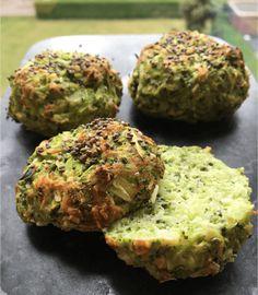 De her super sunde broccoliboller er min nye craving. Vegetarian Recipes, Cooking Recipes, Healthy Recipes, Food N, Food And Drink, Healthy Snacks, Healthy Eating, Food Inspiration, Carne