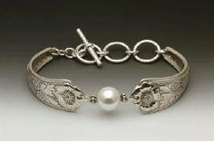 Silver Spoon Pearl Bracelet - Laurel