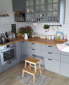 Home Decor Kitchen .Home Decor Kitchen Kitchen Room Design, Kitchen Cabinet Design, Home Decor Kitchen, Interior Design Kitchen, New Kitchen, Home Kitchens, Cosy Kitchen, Little Kitchen, Apartment Kitchen