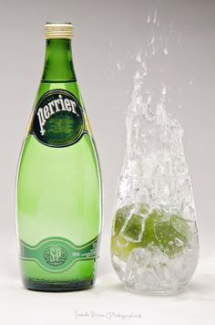 Perrier by Isa Bisson on Wine Photography, Action Photography, Product Photography, Agua Mineral, Mineral Water, Picnic Photo Shoot, Indian Clubs, Water Bottle, Bottled Water