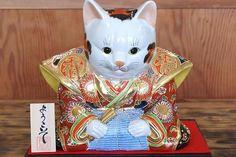 RARE Japanese Fukusuke Kutani Moriage Maneki Neko Cat Statue Okimono Netsuke 5   eBay