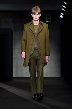 Designer: Rag and Bone  Lead: Anthony Turner for Cutler/Redken  Date: Fall 2013 New York Fashion Week