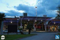 Luci e colori vestono l' Aeroporto Internazionale di Lamezia Terme, per auguravi Buone Feste!