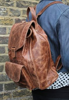 Rucksack leather tan scrunchy