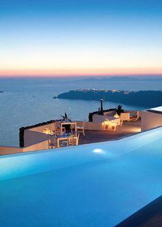 The infinity pool at Grace Santorini