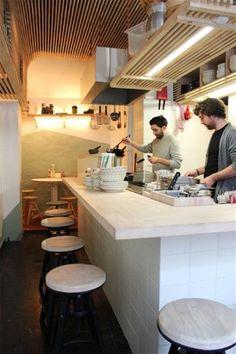 Ramen: Aziatische streetfoodkeuken in een eenvoudig pand - De Standaard