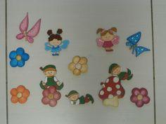 Coordinato bambini: fatine, elfi, fiori, farfalle, funghetto, tutto sagomato in legno e dipinto a mano