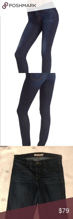 J Brand Leggings in Mazzaro The perfect skinny jegging! Stretchy, skinny, dark-wash. Faux front pockets. My favorite style of jeans, goes with everything! Moderately worn, but great condition! No signs of wear. Open to offers! J Brand Jeans Skinny