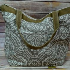 Review on our Linen tote:  Lovely handbag!! Very well constructed!! Thanks for the fast delivery.