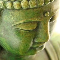 buddha this buddah is not one of my own. Buddha Zen, Buddha Buddhism, Buddha Garden, Tiny Buddha, Little Buddha, Mystique, Yoga Meditation, Yoga Inspiration, Painting Inspiration