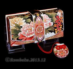 筥迫は続くよどこまでも!- beautiful traditional Japanese purse