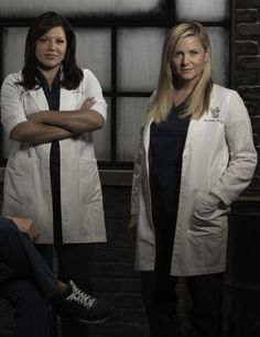 Sara Ramirez, Jessica Capshaw, Grey's Anatomy Tv Show, Greys Anatomy Cast, Perfect Couple, Best Couple, Calliope Torres, Medical Series, Arizona Robbins