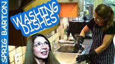 Afbeeldingsresultaat voor women wearing rubber household gloves