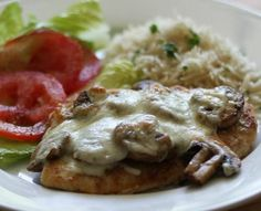 Grilled chicken breast with mozzarella - personally i would remove the mushrooms and add parma ham :) Recipes With Mozzarella Cheese, Fried Chicken Strips, Banting Recipes, Banting Diet, Lchf, Roasted Chicken Breast, Grilled Chicken, Smothered Chicken, Chicken And Biscuits
