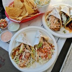 5 con todo vibes x @miyydnew  Thanks for sharing Wendy!  #LetsTaco #TacoTuesday #SanDiego #LaJolla #TheTacoStand