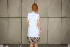 Colete jeans azul clarinho mais comprido modelagem boyfriend da marca Coleteria ♡ - Coletes exclusivos | feminino e infantil | Coleteria ♡