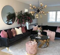 Put some blush on your home Living Room Decoration black and gold living room decor Cozy Living Rooms, Home Living Room, Apartment Living, Living Room Designs, Cozy Apartment, Rustic Apartment, Apartment Ideas, Apartment Styles, Pink Cushions