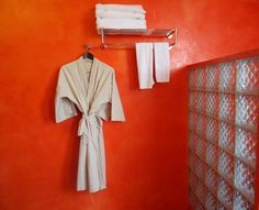 "orange bathroom - MEN's Resort - the only ""gay exclusive"" resort in Cambodia - gay hotel gay spa/sauna massage swimming-pool gym www.mens-resort.com"