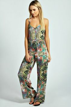 Shop boohoo's range of womens and mens clothing for the latest fashion trends you can totally do your thing in, with of new styles landing every day! Online Shopping Clothes, Latest Fashion Trends, Jumpsuit, Boohoo, Animal, Dresses, Women, Style, Overalls