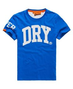 From plain to printed and long sleeved to v neck, our wide range of mens t-shirts have something for everyone. Shop Superdry t-shirts! Superdry Fashion, Superdry Style, Superdry Tshirts, Superdry Mens, T Shirts, Cool Shirts, Urban Fashion, Mens Fashion, Independent Clothing