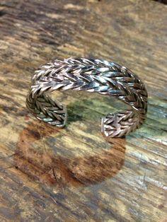 WELDING!!! Bracelet I made using 316L stainless rods.