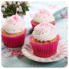 Cupcake de Iogurte da Renata | Vídeos e Receitas de Sobremesas