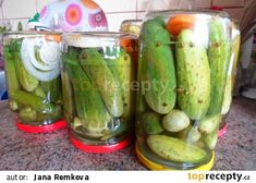 """Znojemský"" nálev na okurky recept - TopRecepty.cz Pickles, Cucumber, Vegan Recipes, Food And Drink, Canning, Vegane Rezepte, Home Canning, Pickle, Pickling"