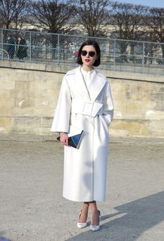 Street Style Fall2013 : White Outfit | Paris FW StreetStyle - Lelook