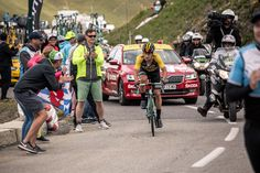 LottoNL-Jumbo rider puts the hammer down.