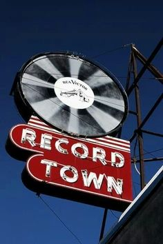 Record Town sign in Chicago Vintage Neon Signs, We Will Rock You, Record Players, My Kind Of Town, Old Signs, Googie, Advertising Signs, Neon Lighting, Shop Signs