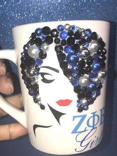 Vinyl Designs, Mug Designs, Different Lettering, Cup Coaster, Friend Mugs, Grandmother Gifts, Vinyl Projects, Heat Transfer, Sorority