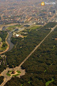 ღღ BERLIN YOU ARE THE BEST!!!! ~~~ Tiergarten from above with the Victory Column in the lower left