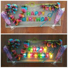 Geld cadeau  zelf maken Happy  Birthday.....alles te koop bij de Action Idee Diy, Special Gifts, Diy Gifts, Favors, Wraps, Presents, Party, How To Make, Inspiration