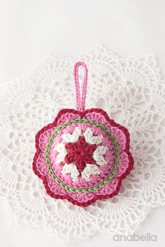 Christmas-ornament-pink-1-bis.jpg (800×1195)