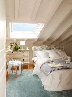 Attic rooms have long ceased to be just a place to store all rubbish and unused things. Today, such spaces under the roof are increasingly becoming not ✌Pufikhomes - source of home inspiration Trendy Bedroom, Cozy Bedroom, Shabby Bedroom, Bedroom Romantic, White Bedroom, Attic Bedrooms, Attic Bedroom Decor, Bedroom Ideas, Small Master Bedroom